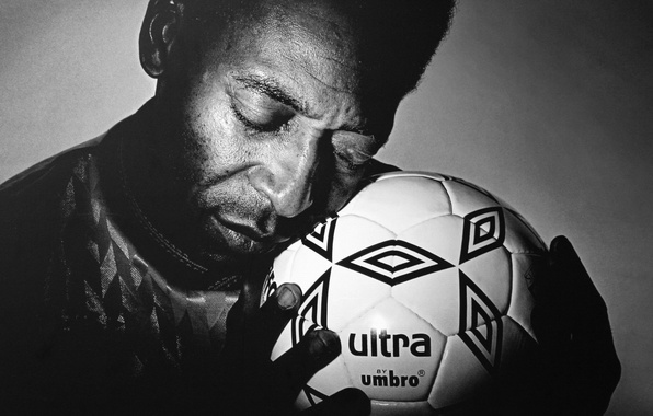 Картинка love, soccer, ball, hands, Пеле, black & white, Pelé