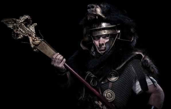 Картинка фон, доспехи, воин, Рим, шлем, мех, мужчина, кольчуга