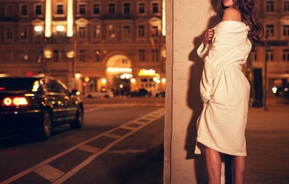 Картинка девушка, ночь, город, халат, Эльвира, Ivan gorokhov