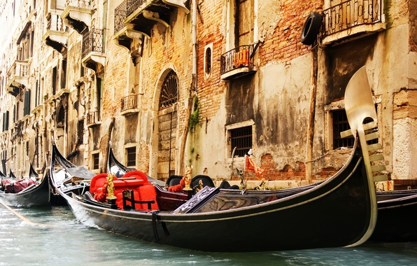 Картинка окна, здания, канал, архитектура, венеция, италия, гондолы, Venice, болконы
