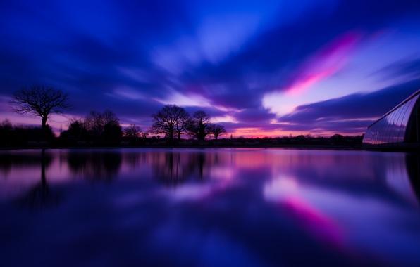 Картинка деревья, закат, отражение, река, Англия, вечер, деревня, Великобритания, river, trees, sunset, evening, village, England, reflection, ...