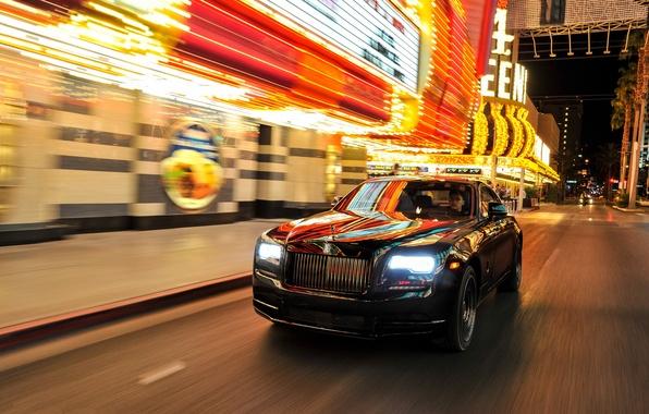 Фото обои street, Rolls-Royce, автомобиль, Wraith, фары, car, передок, роллс-ройс, light, Black Badge
