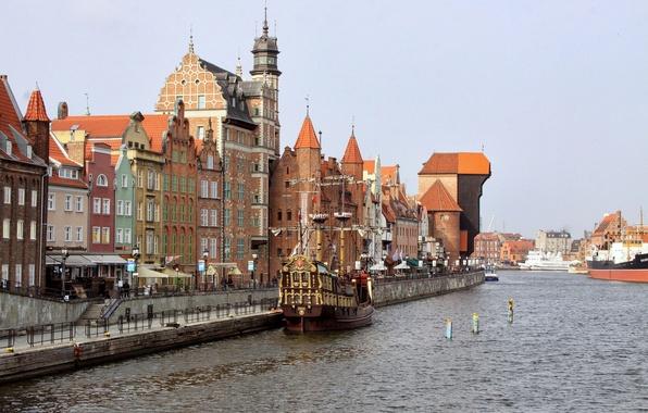 Картинка корабль, дома, Польша, Гданьск