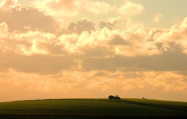 Картинка поле, небо, облака, трактор