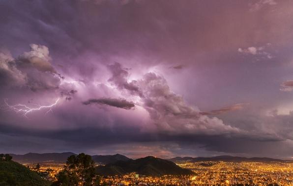 Картинка гроза, горы, тучи, город, молния, вечер