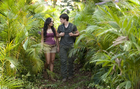 Фото обои лес, тропа, джунгли, Ванесса Энн Хадженс, Vanessa Anne Hudgens, Джош Хатчерсон, Josh Hutcherson, Journey 2: ...