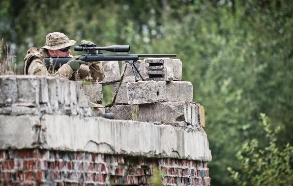 Картинка sniper, pose, surveillance, gun long range telescopic sight