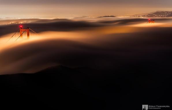 Картинка ночь, мост, огни, туман, опоры, Сан-Франциско, золотые ворота, photographer, Kenji Yamamura