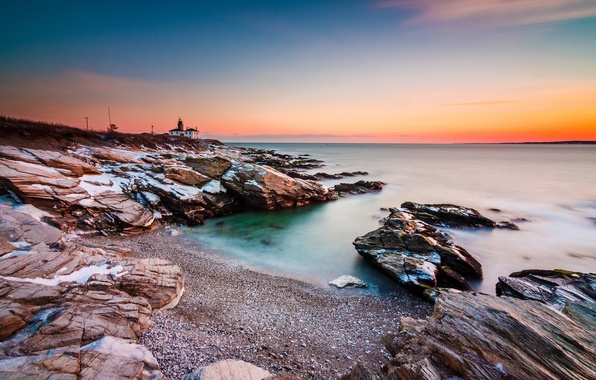 Картинка море, небо, дом, камни, берег, маяк, зарево