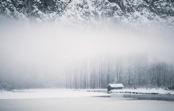 Картинка зима, горы, туман, дом