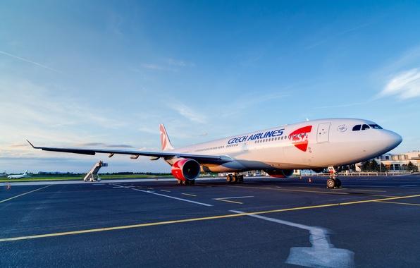 Картинка Небо, Погода, Чехия, Аэропорт, Двигатель, Sky, 300, Airlines, Airplane, Самолёт, Пассажирский, Airbus, A330, Аэробус, Czech, …