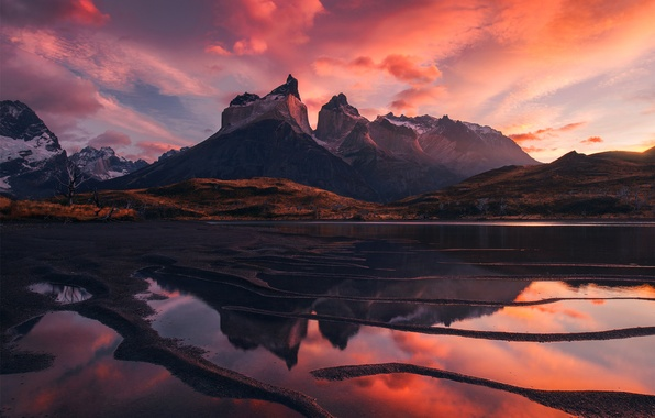 Картинка Red, Clouds, Sky, Landscape, Mountains, Patagonia, Lake