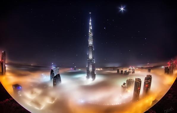 Картинка звезды, облака, ночь, город, туман, Дубай, Dubai, небоскрёбы, ОАЭ, башня Бурдж-Халифа