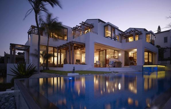 Картинка дом, пальмы, вилла, вечер, бассейн, кресла, house, pool, комнаты, home, villa, экстерьер, мебель., pools, exterior
