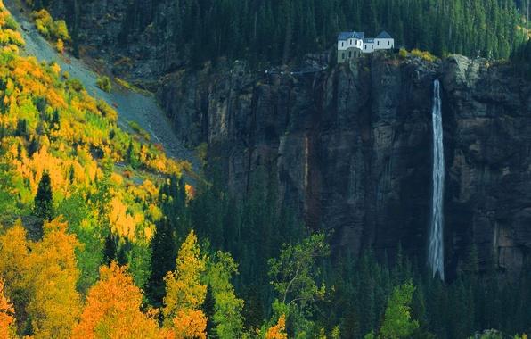 Картинка осень, лес, горы, природа, дом, скалы, водопад, октябрь