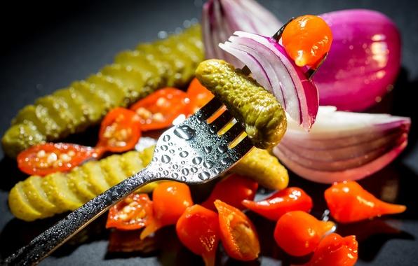 Картинка лук, вилка, овощи, помидоры, vegetables, cucumber, tomato, маринованные огурцы