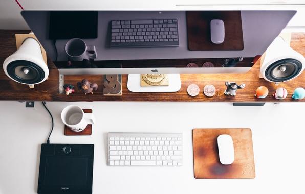 Картинка стиль, стол, место, apple, мышка, колонки, динамик, клавиатура, монитор, вид сверху, обстановка
