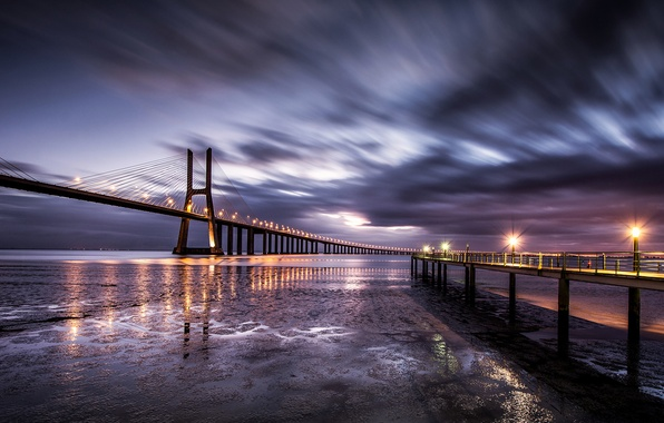 Картинка небо, облака, мост, огни, побережье, выдержка, Португалия, утром, Лиссабон, прогулочная, рано