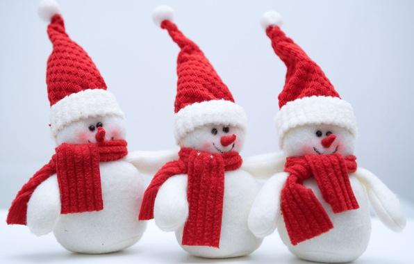 Картинка холод, зима, снег, праздник, новый год, снеговики, new year, holiday