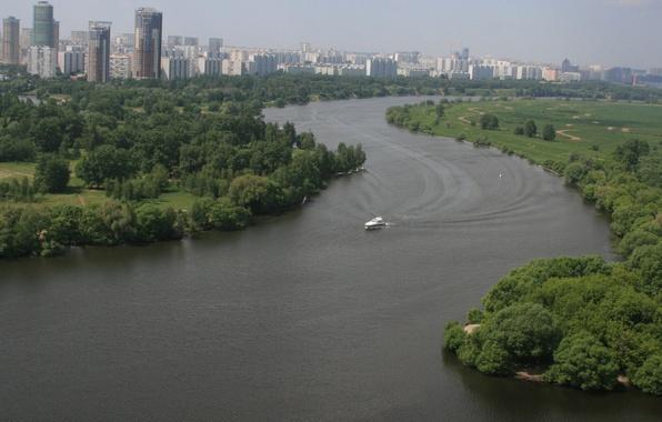 Картинка природа, город, река, настроение, отдых, дома, утро, яхта, Москва, прогулка, плывет