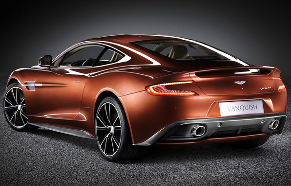 Картинка фон, Aston Martin, суперкар, вид сзади, Астон Мартин, красивая машина, AM 310, Ванкуиш, Vanquish