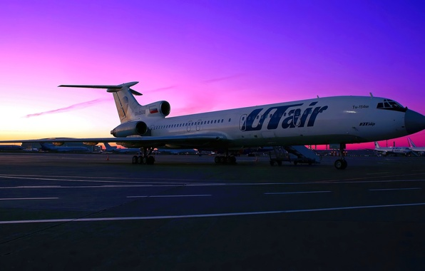 Картинка небо, закат, двигатель, перрон, стоянка, аэропорт, самолёт, sky, aircraft, sunset, шасси, airport, parking, Ту-154, Tupolev, ...