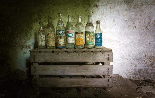Картинка фон, бутылки, ящик