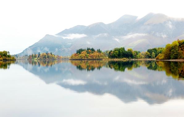 Картинка осень, деревья, горы, природа, туман, озеро, отражение, Англия, Великобритания, дымка
