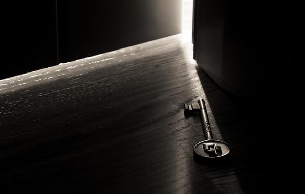 Картинка свет, темнота, комната, дверь, макро ключ