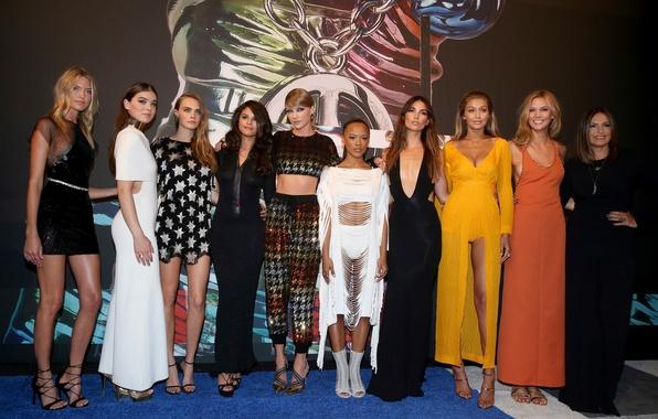Картинка Taylor Swift, MTV, Selena Gomez, Cara Delevingne, Hailee Steinfeld, 2015, Music Awards