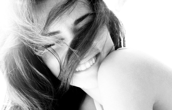 Картинка девушка, лицо, секси, улыбка, фон, модель, волосы, брюнетка, Адриана Лима, Adriana Lima, sexy, красотка, чёрнобелое, …
