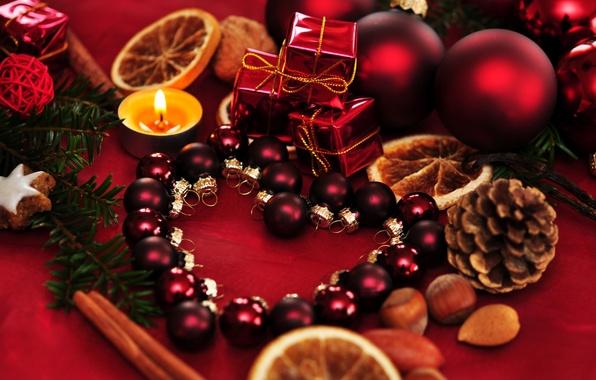 Картинка шарики, праздник, шары, игрушки, новый год, ель, свечи, ёлка, декорации, шишки, happy new year, christmas ...