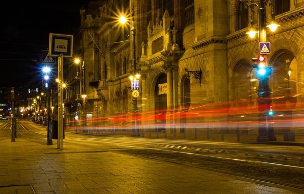 Картинка дорога, ночь, город, огни, здания, выдержка, освещение, фонари, архитектура, Венгрия, Будапешт, Budapest, Magyarország