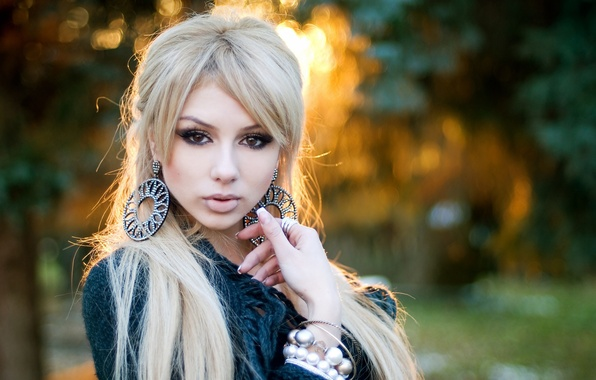 Фото блондинки