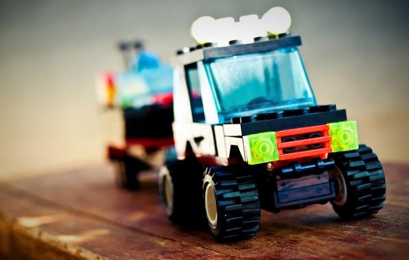 Картинка макро, игрушка, джип, колеса, дорожка, машинка, конструктор, прицеп, Lego