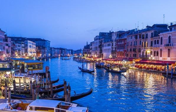 Картинка небо, огни, лодка, дома, вечер, Италия, Венеция, канал, гондола