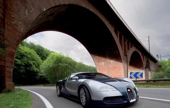 Картинка дорога, деревья, мост, арка, bugatti veyron