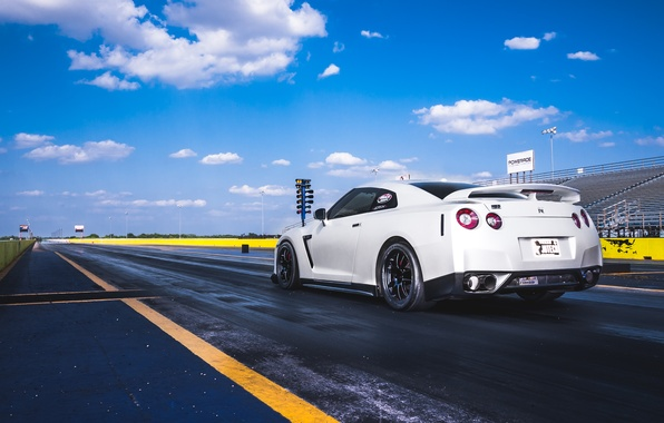 Картинка белый, трек, старт, ниссан, R35, скайлайн, Nissan GT-R