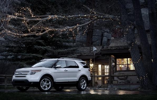 Картинка машины, дом, Ford, Форд, джип, внедорожник, Car, Explorer, дерево.