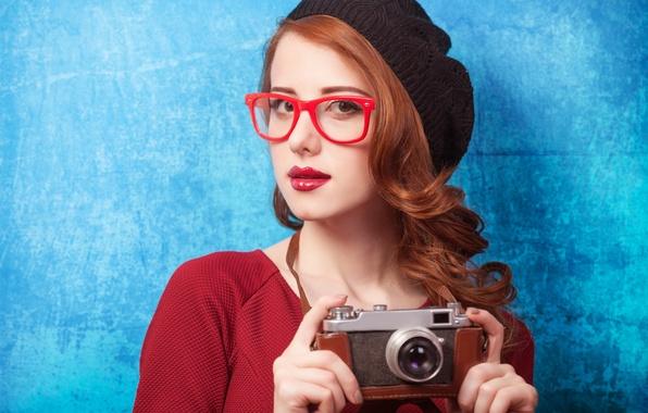 Картинка взгляд, девушка, очки, фотоаппарат, рыжие волосы