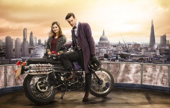 Картинка Лондон, мотоцикл, Doctor Who, Доктор Кто, Мэтт Смит, Matt Smith, Jenna-Louise Coleman, Дженна-Луиза Коулман