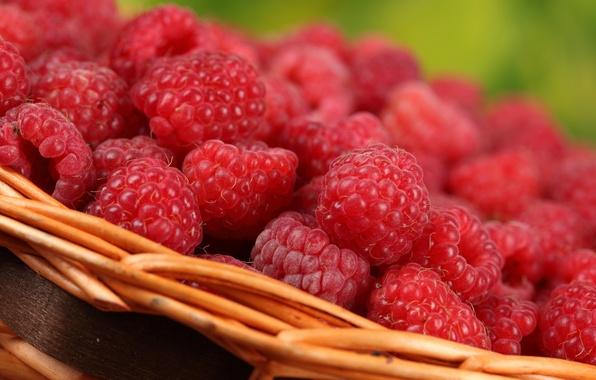 Картинка макро, ягоды, малина, корзинка, вкусно