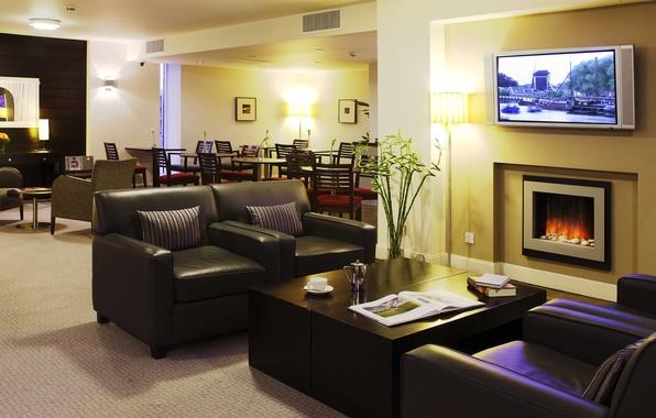 Картинка стол, кресло, камин, отель, гостиница, холл