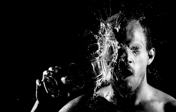 Картинка man, face, black and white, glass of water