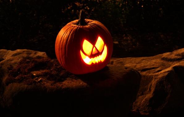 Картинка ночь, камни, праздник, свечи, Halloween, тыква, Хэллоуин