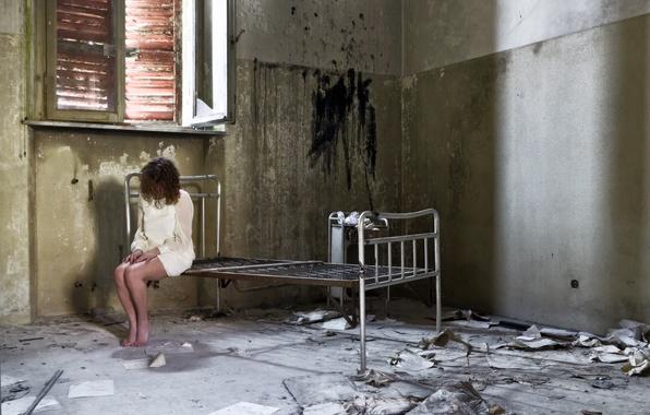 Картинка грусть, девушка, одиночество, настроение, кровать
