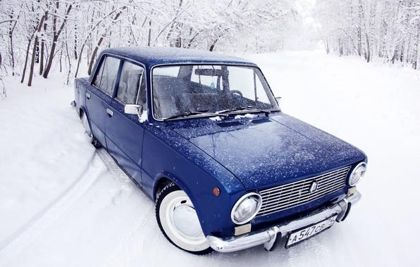 Картинка зима, лес, снег, иний, копейка, классика, синяя, жигули, 2101, Ваз