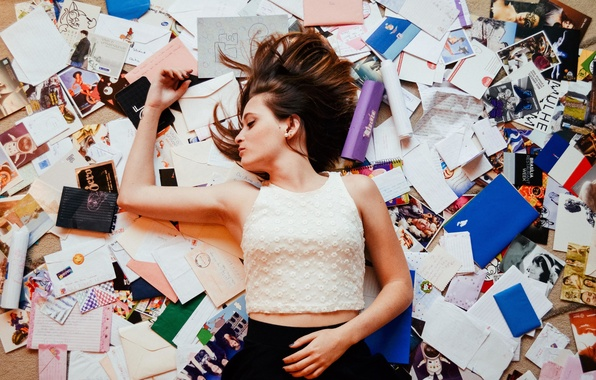 Картинка girl, blouse, lips, hair, pictures, letters, skirt, mess, postcards