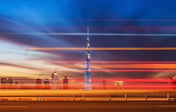 Картинка дорога, город, огни, вечер, выдержка, Дубай, Dubai, ОАЭ, башня Бурдж-Халифа