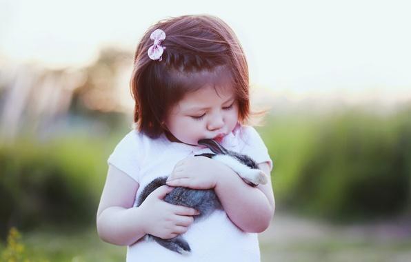Картинка кролик, дружба, девочка, друзья